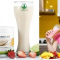 cach-pha-sua-herbalife-giam-can